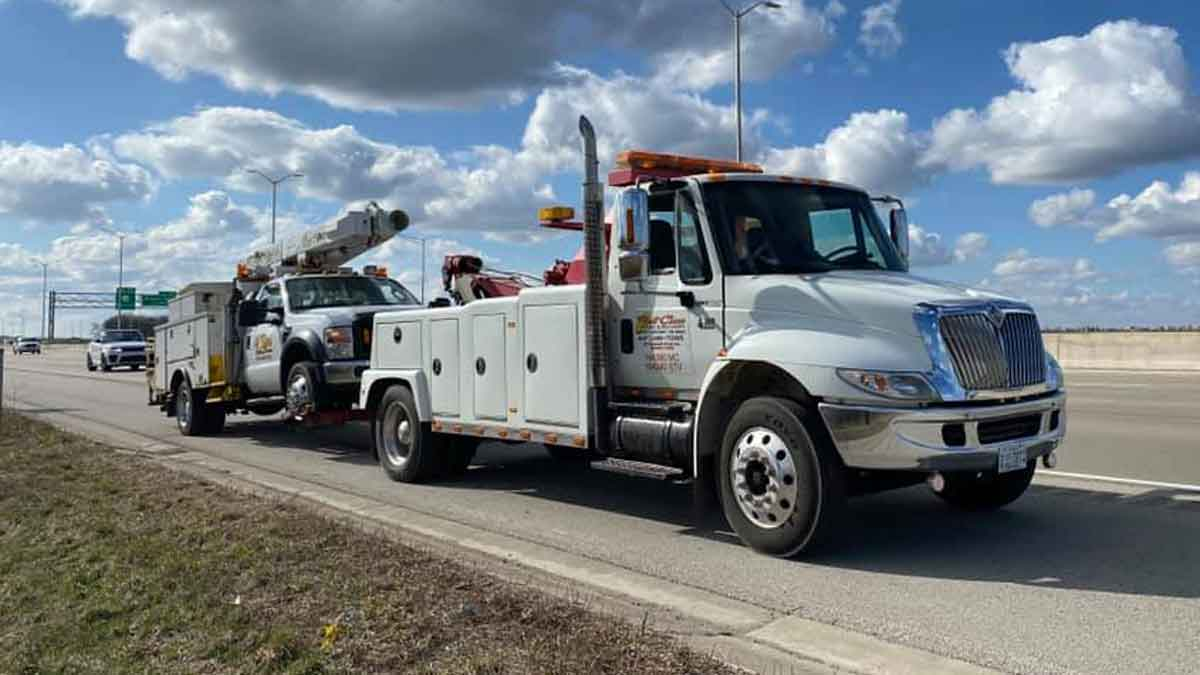 Work Truck Towing McHenry, IL